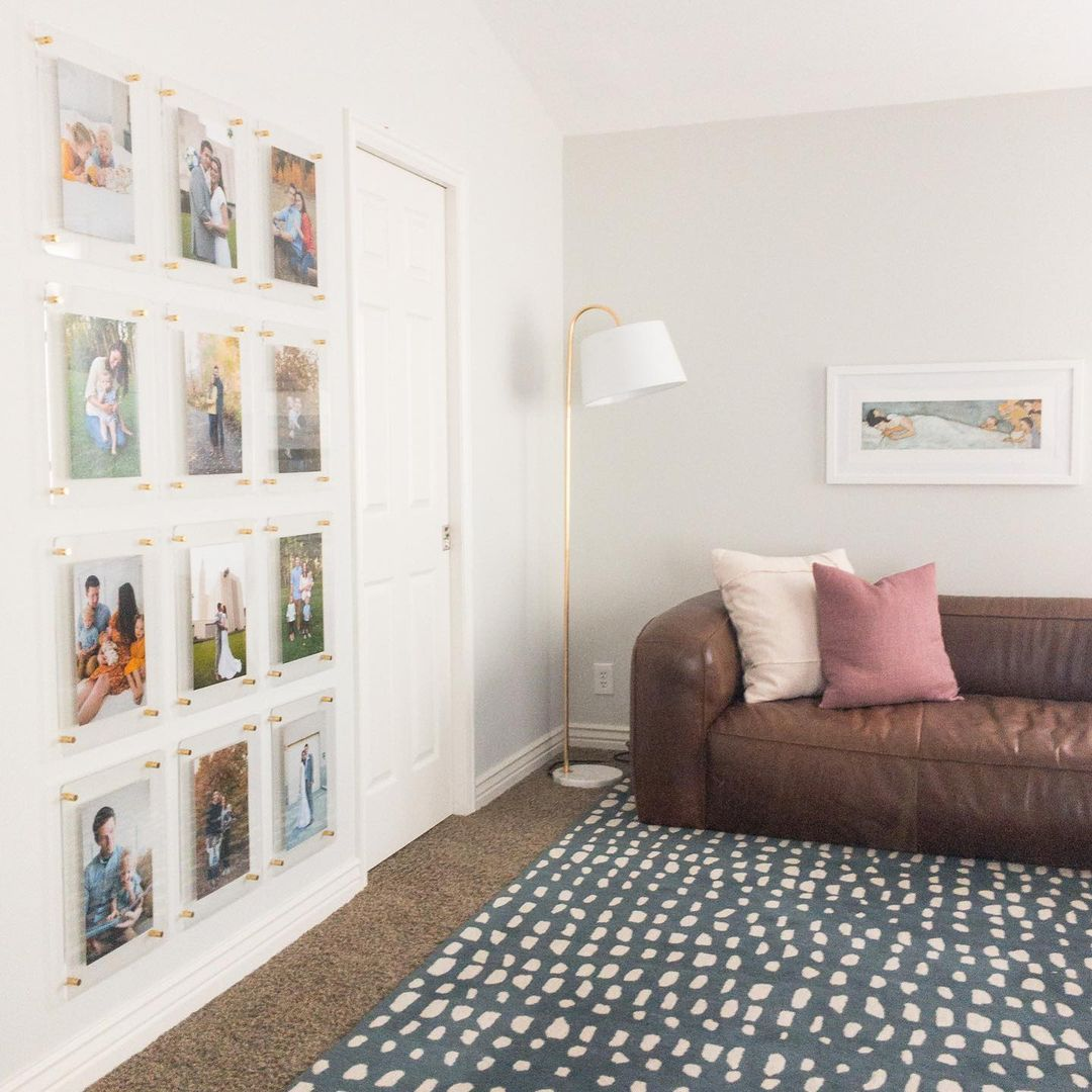 Floating Frame Gallery Wall - @hatchhouseadventures
